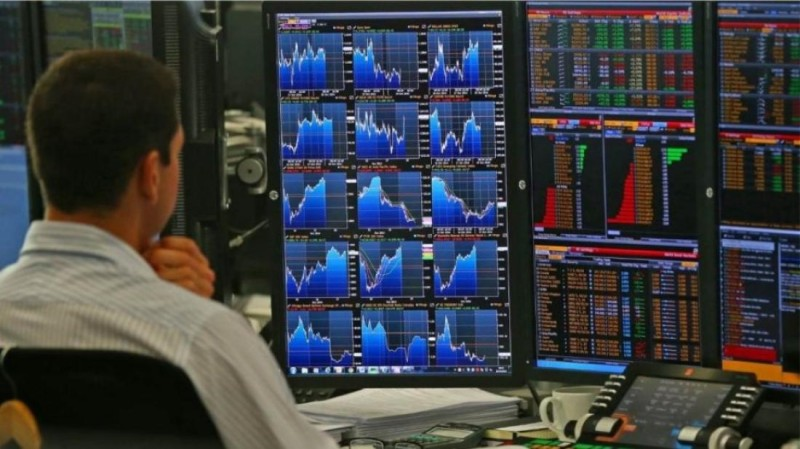 Ρευστοποιήσεις και ανησυχία στις αγορές της Ευρώπης