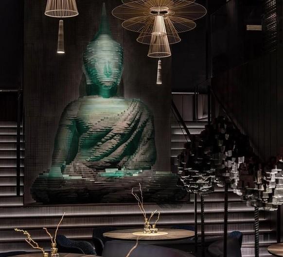Γυάλινος Βούδας στο «Buddha-Bar» του Μανχάταν