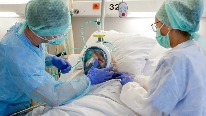 Aυξημένος ο κίνδυνος βαριάς Covid-19 και θανάτου για τους καπνιστές