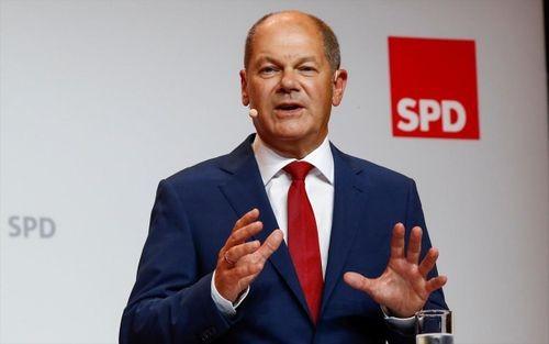 Μάχη θρίλερ με προβάδισμα του SPD έναντι του CDU - Τρίτο κόμμα οι Πράσινοι - Κατάρρευση Αριστεράς