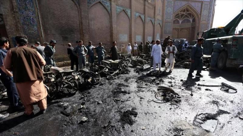 Αφγανιστάν: Δεκάδες νεκροί και τραυματίες από έκρηξη σε τέμενος στην Κουντούζ