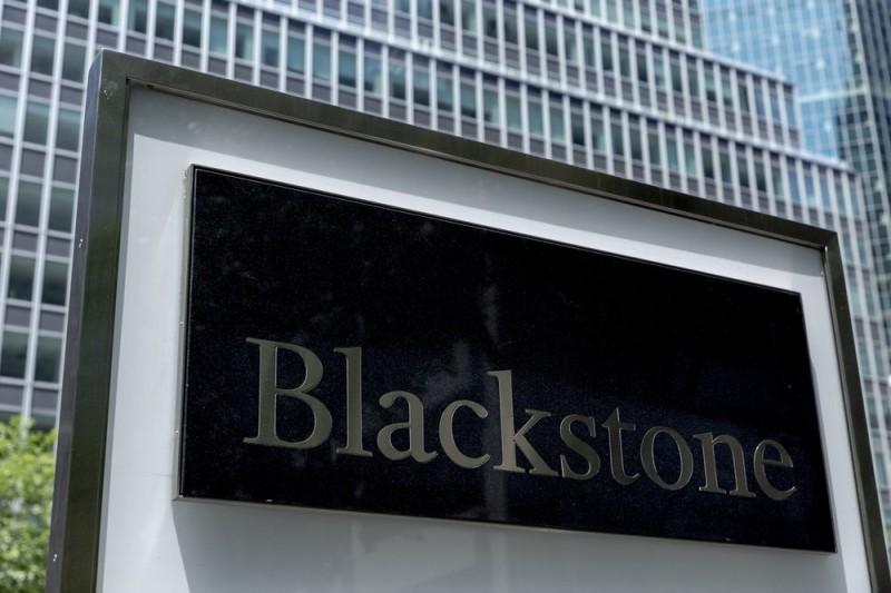 Βlackstone: Γιατί ψάχνει πεντάστερα ξενοδοχεία